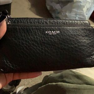 Coach wristlet wallet used a few times